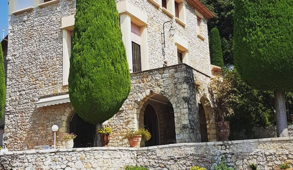 A visit to the Villa Domergue