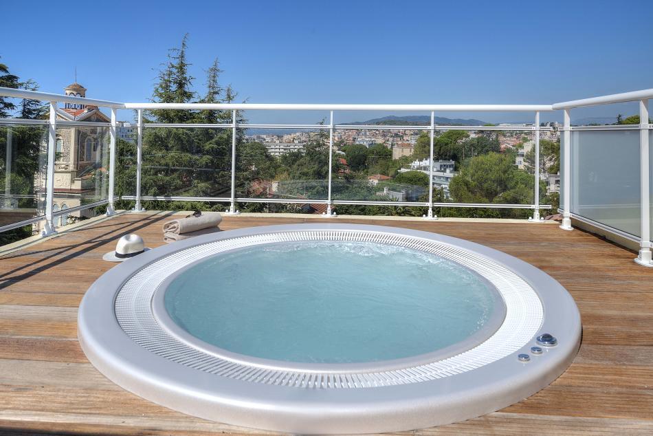 Bastide de l'Oliveraie - Swimming pool